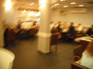 במסעדה