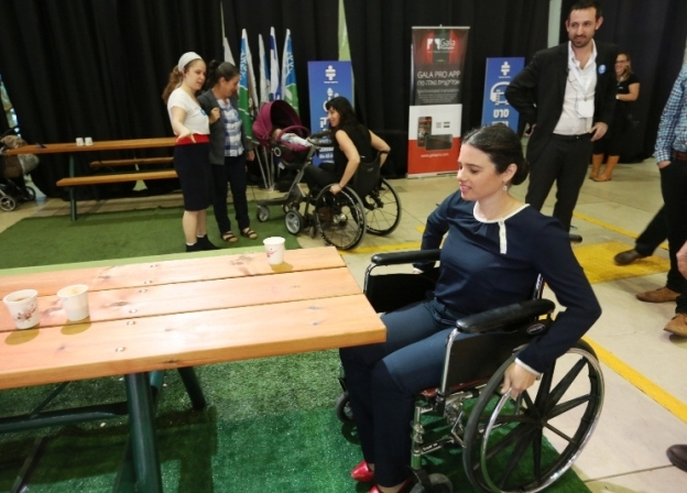 Minister of Justice experiences firsthand the accessibility path